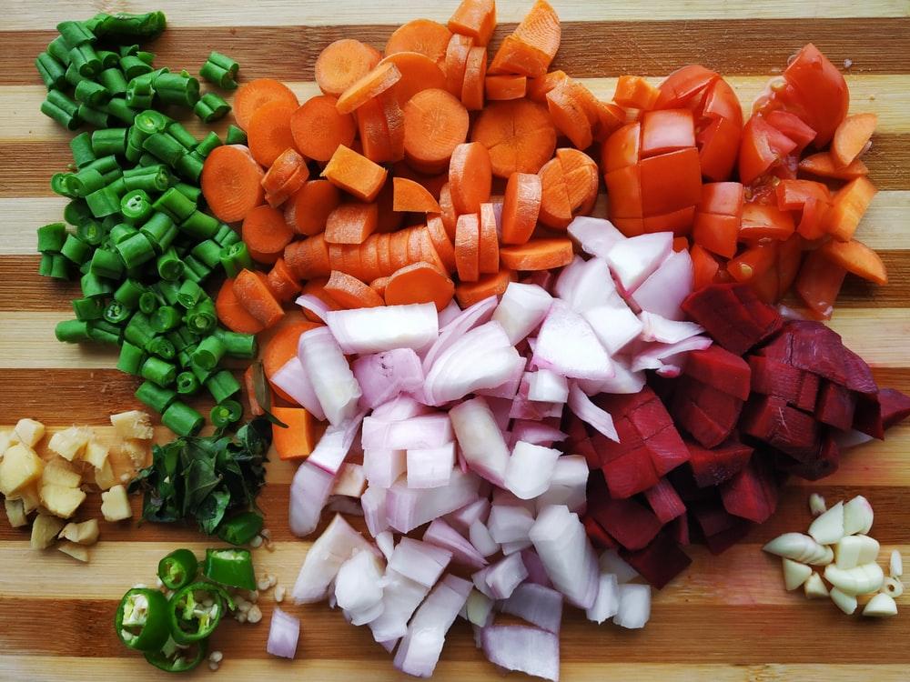 みじん切りにされた野菜